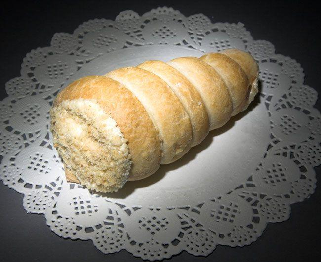 Пирожное трубочка с кремом