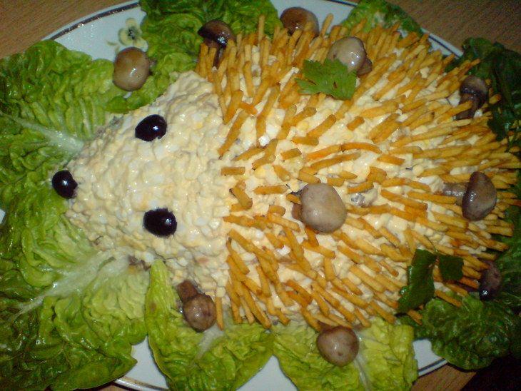 Салат ежик с сыром