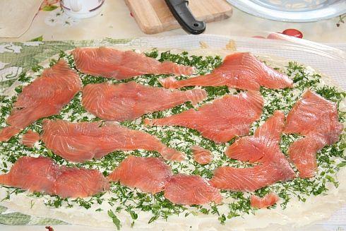 Как приготовить рулет из лаваша с красной рыбой пошаговый рецепт с