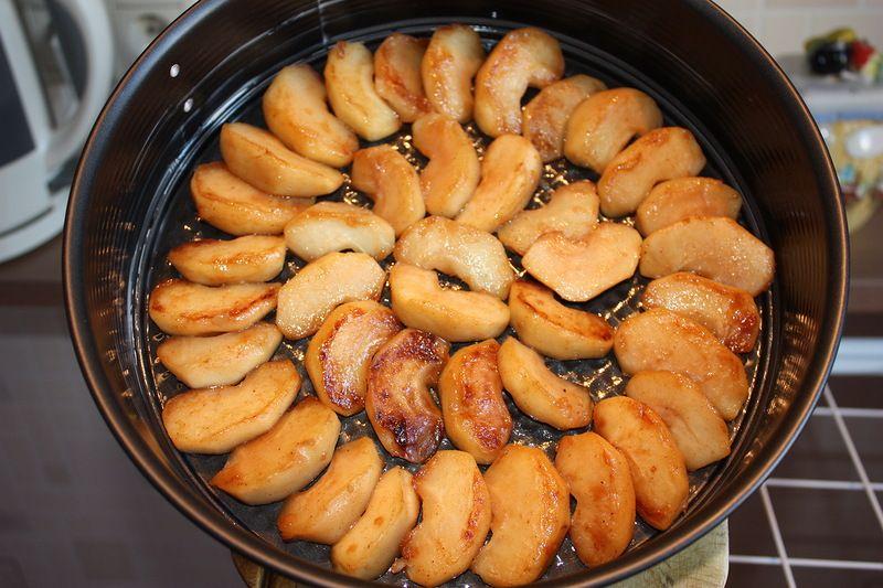 Яблоки на сковороде рецепты
